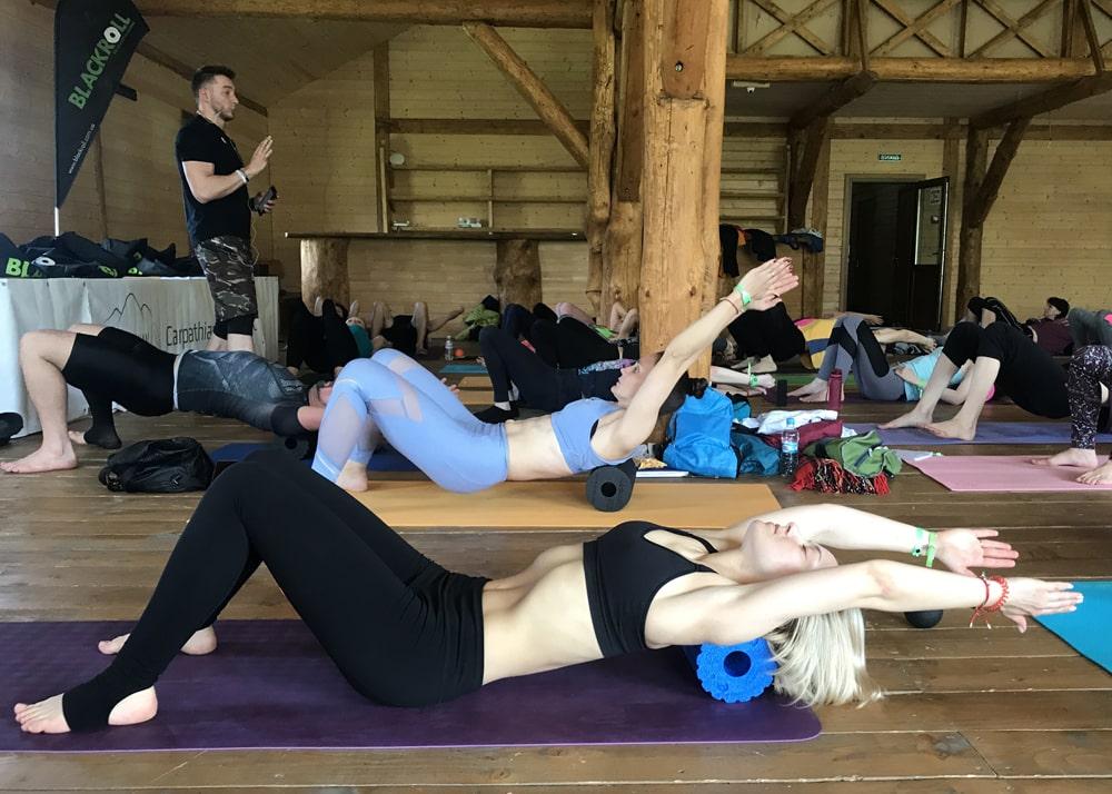 Blackroll meets yoga (2)