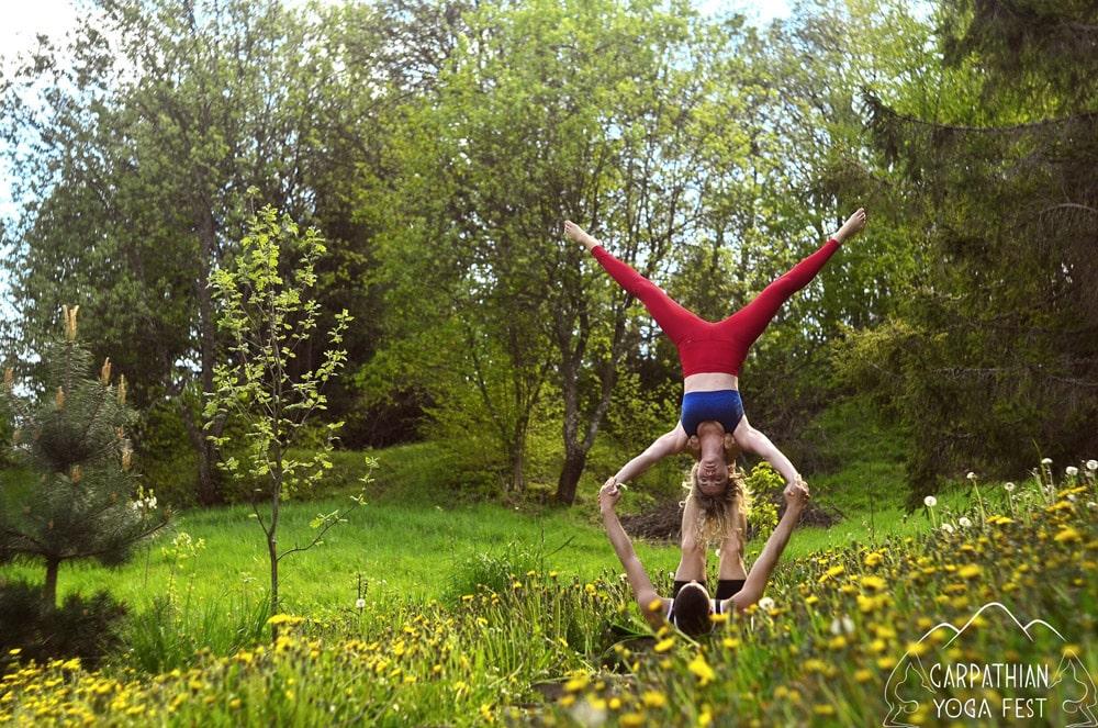 akro yoga CYF2019 (1)-min