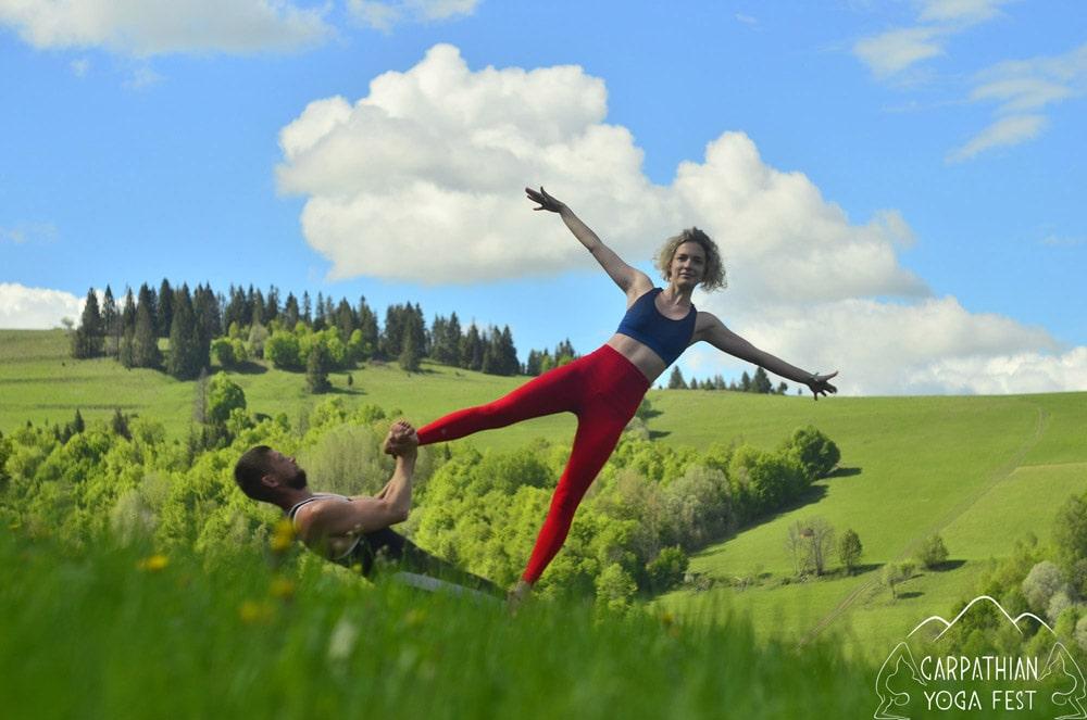 akro yoga CYF2019 (2)-min