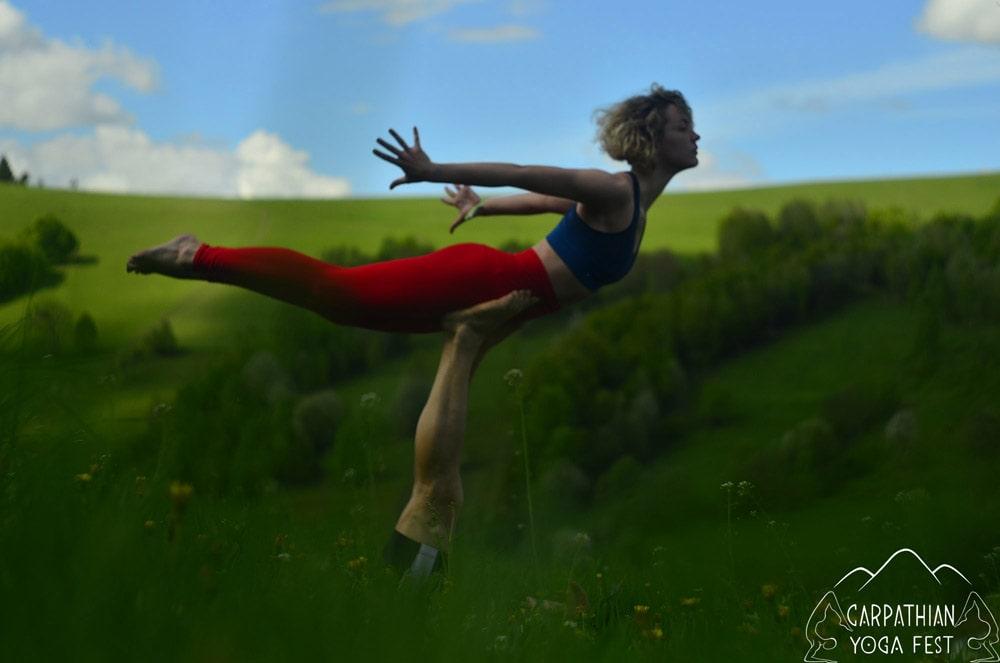 akro yoga CYF2019 (4)-min
