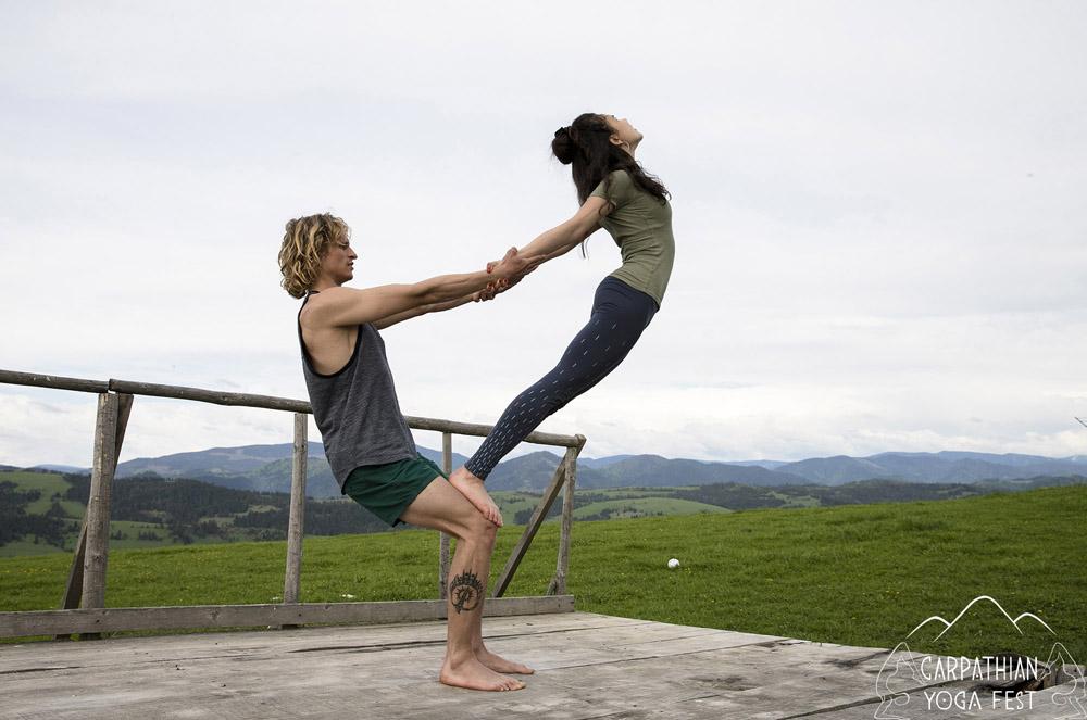 akro yoga CYF2019 (5)