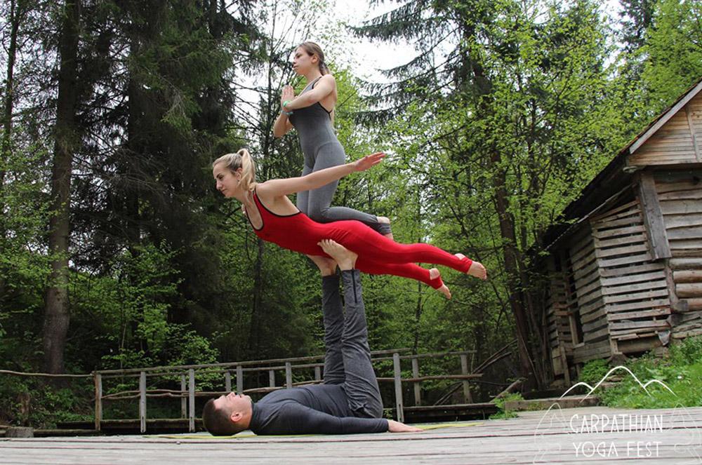 akro yoga CYF2019 (6)