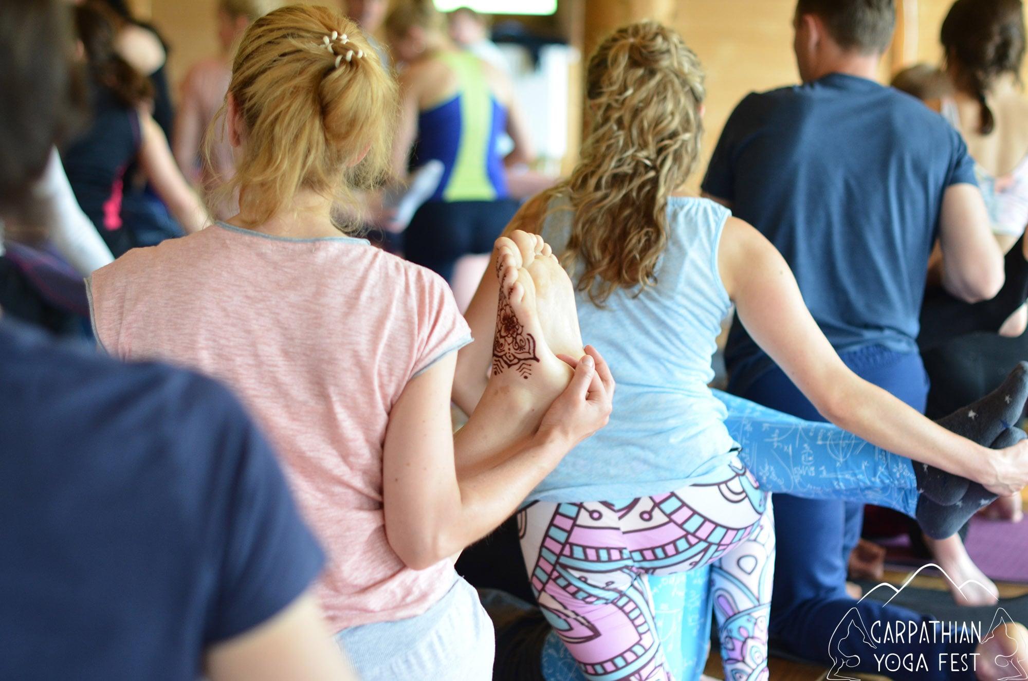 tayskiy massazh na karpatskom festivale yogi (6)-min