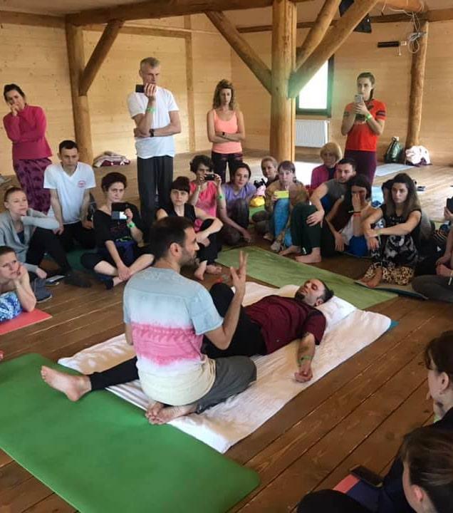 thai massage CYF-min